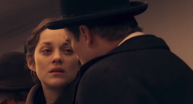 Marion Cotillard and Joaquin Phoenix's hat in The Immigrant