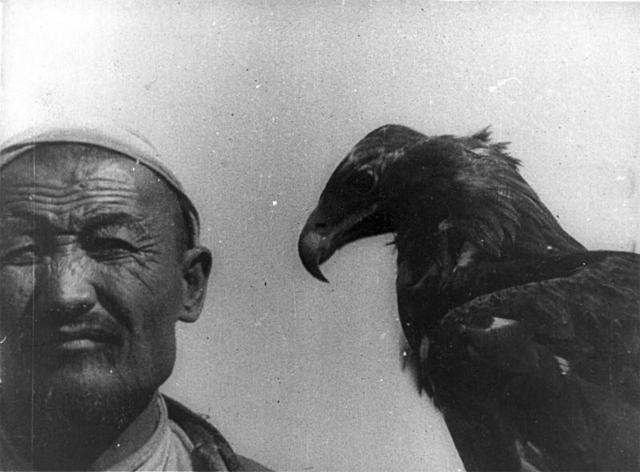 Vertov's 1926 film Šestaja čast' mira